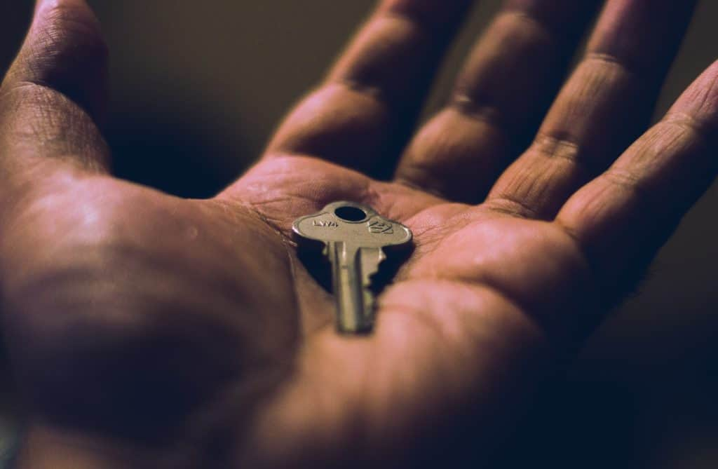 key in a hand