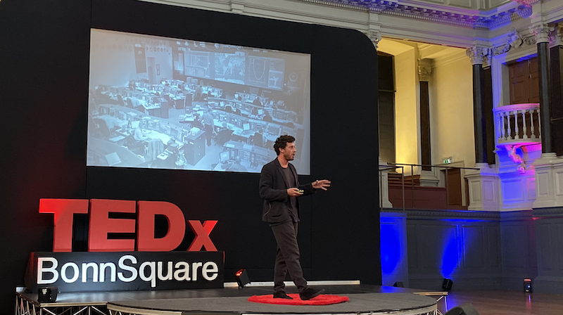 Hero image of Signal AI's CEO David Benigson TEDx talk 2