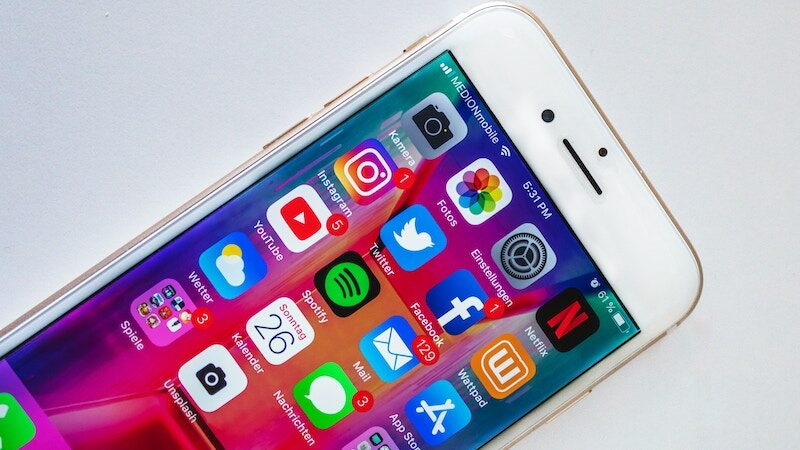 Hero image of social media apps on an iphone